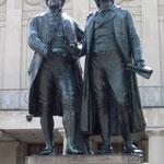 Weimar: Dominiert von Goethe und Schiller.