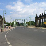 Glienicker Brücke zwischen Berlin und Potsdam; Spionen-Austauschstelle vor 1989