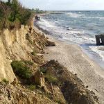 Die Westküste von Fischland ist durch Wind und Wasser ...