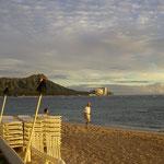 Waikiki Beach - im Hintergrund der Diamond Head