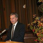 Ministerpräsident Oettinger bei seiner Laudatio