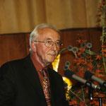 Prof.Dr. Scheirle überreicht Silcher-Nagel-Medaille