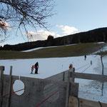 nur wenige Schneefelder in Weissbriach auf der Skipiste