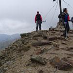 kalt und windig war es am Gipfel auf 2336 m