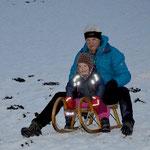Rodeln zu Silvester mit den Kindern