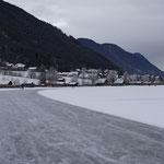 super präparierte Eisbahnen am Weissensee