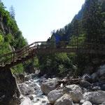 Brücke im 1. Teil der Klamm