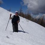 beim Aufstieg zum Sattelnock die ersten Schneefelder
