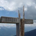 bechädigtes Gipfelkreuz