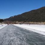 ca. 12 km Eisbahn vom West- zum Ostufer