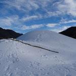 hier entsteht ein Schneedepot für die Langlaufloipe