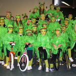 """Nikolausfeier 2012: Die Mittwochsgruppe zum Thema """"Zukunft"""" als Marsmännchen"""