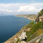 """Die bezaubernde Steilküste fast zu Füssen der Villa """"Hibiscus"""" - nur 250m entfernt"""
