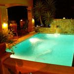 """Wohlfühlen im Pool mit Beleuchtung in der Villa """"Hibiscus"""""""