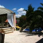 Garten mit Yogaterrasse