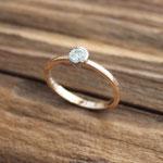 Verlobungsring Rotgold 750 mit in Weissgold 750 gefasstem Brillant 0.2ct, 850.-