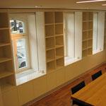 Passgenauer Einbau zwischen Fenstern
