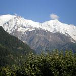 vue sur la chaine du Mont-Blanc depuis le balcon sud