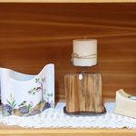 Porzelanmalerei, Kerzenständer, Engel aus Zirbe, Teelichthalter (Symbolfoto)