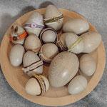 Ostereier aus Fichte (gebeizt)