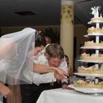 Hochzeitfotografie, Torte anschneiden