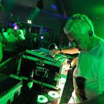 DJ-Dölfi HenSeDö im Treibsand Tanz in den Mai