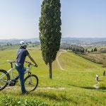Wir erkunden die einzigartige Toskana per E-Bike