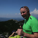 Auf dem Risnjak-Gipfel die unglaubliche Fernsicht bewundern