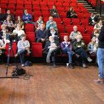 Eerste audities voor buurtbewoners  / first auditions for local residents