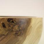 Holzschale aus Walnuss