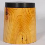 Holzdose aus Eibe und Grenadill