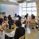 2008年9月20日 茶陵祭 同窓会ブース和んでます。