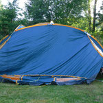 nur noch das kleine Zelt aufbauen