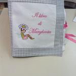 Cuscino libro personalizzato Margherita
