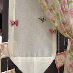 Tenda con inserti farfalle collezione primavera