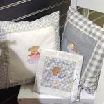 Particolare camera bimbi set cuscini