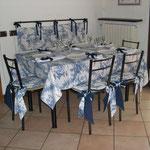 Cucina toile de jouy tavolo
