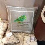 Cuscino personalizzato con ricamo disegno e ricamo scritta e nome