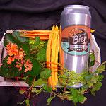 bepflanztes Gefäss mit 'Berger' Bier