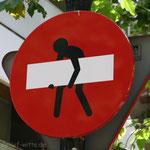 Straßenschild. - Barcelona