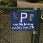 Parkplatz für Schwergewichte. - Berlin