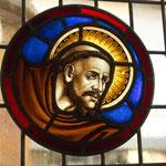 Glaskunst in der Kirche