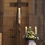Kreuz und Kerze