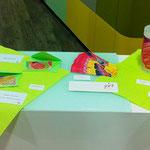 Produkte der Quantenheilungsgemälde von Jayc Jay Arts an der Vernissage in Markgröningen
