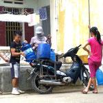 Die Transportmöglichkeiten sind vielfältig: mit dem Motorrad