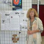 """Franckie Micholin présente l'exposition réalisée pour les 20 ans de l'association """"Au fil de la soie"""" à Portes-les-Valence"""