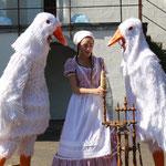 Frau Holle Figuren und Kostümproduktion