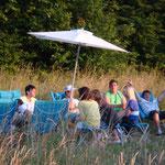 Neue Gartenlounge vor dem Jugendhaus Juli 2010