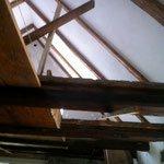 Die Balken im Dachgeschoss wurden freigelegt