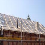 Das Dach bereit für den Rost und den Ziegelaufbau